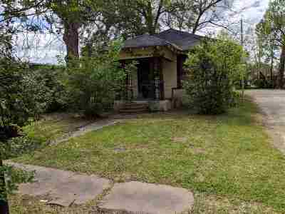 Beaumont Single Family Home For Sale: 2555 McFaddin