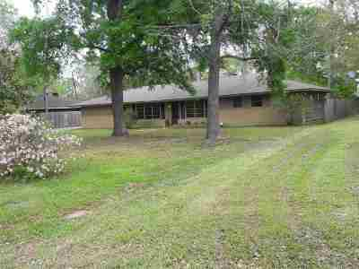 Lumberton Single Family Home For Sale: 135 Oakcrest