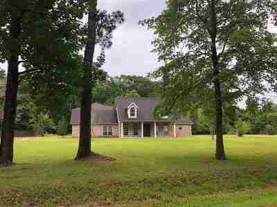 Lumberton Single Family Home For Sale: 577 Jordan Dr