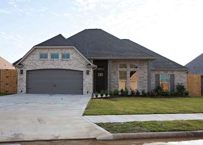 Lumberton Single Family Home For Sale: 213 Spring Brook Court