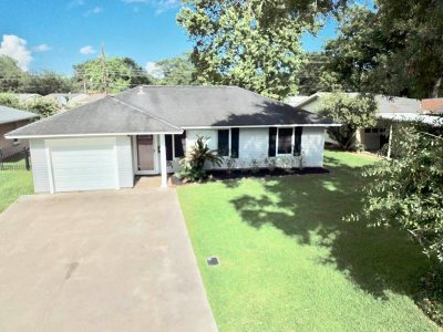 Nederland Single Family Home For Sale: 819 S 14th St