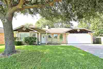 Beaumont Single Family Home For Sale: 9450 Manion Dr