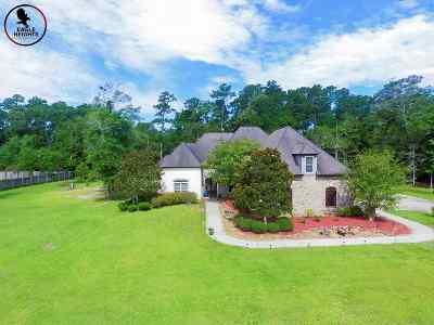Lumberton Single Family Home For Sale: 145 Glenshire Street