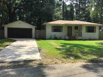 Lumberton Single Family Home For Sale: 9703 Three M Road
