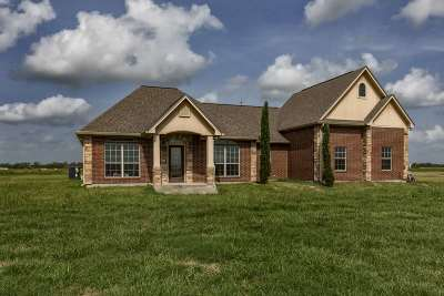 Beaumont Single Family Home For Sale: 2112 Aggie Drive