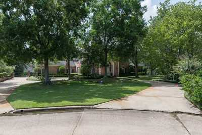 Beaumont Single Family Home For Sale: 10 Bayou Bend Place