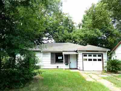 Beaumont Single Family Home For Sale: 3915 W Lynwood