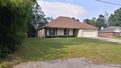 Lumberton Single Family Home For Sale: 17 Michael Loop