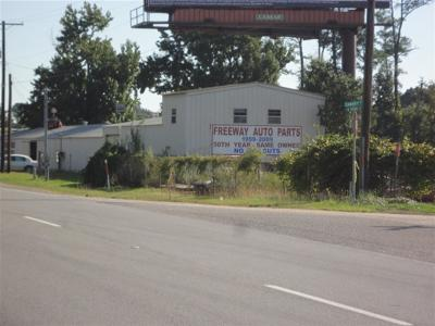 Vidor Commercial For Sale: 23501 Ih-10