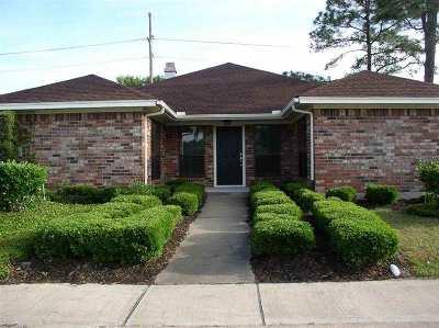 Beaumont Single Family Home For Sale: 6610 Woodridge