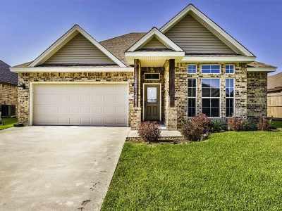Port Arthur Single Family Home For Sale: 10405 Pine Ridge Ln
