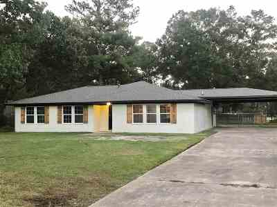 Lumberton Single Family Home For Sale: 120 Rolling Hills