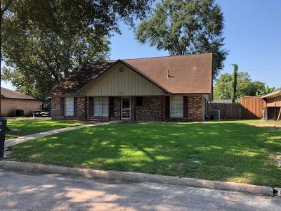 Beaumont Single Family Home For Sale: 885 Chatwood