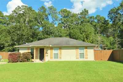Lumberton Single Family Home For Sale: 107 S Caywood