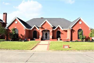 Port Arthur Single Family Home For Sale: 8000 Eyre Drive