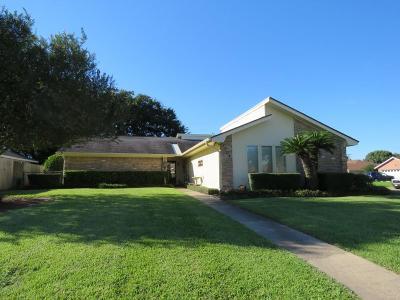 Nederland Single Family Home For Sale: 1704 Avenue K