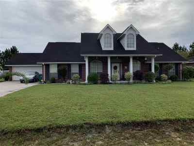 Lumberton Single Family Home For Sale: 6640 Wedgewood Drive