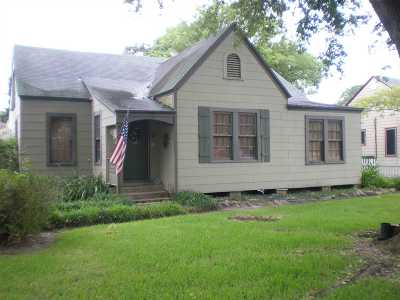Port Arthur Single Family Home For Sale: 2910 Rosedale Drive