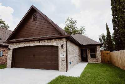 Nederland Single Family Home For Sale: 211 Atlanta Ave