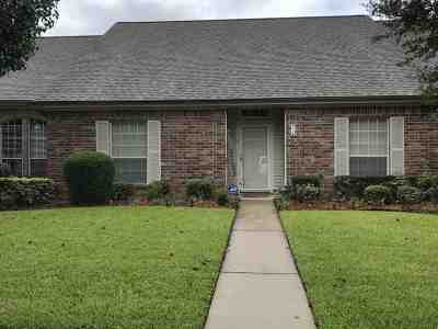 Beaumont Condo/Townhouse For Sale: 7778 Pecan Drive