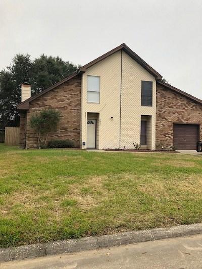 Port Arthur Single Family Home For Sale: 3824 Turtle Creek Dr.