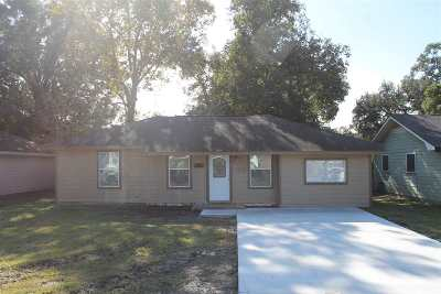 Nederland Single Family Home For Sale: 712 S 9th St