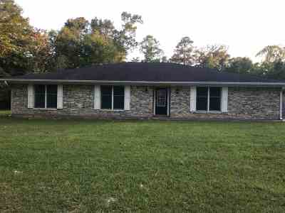 Lumberton Single Family Home For Sale: 18 Michael Loop