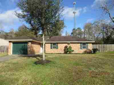 Lumberton Single Family Home For Sale: 7883 Walnut Dr