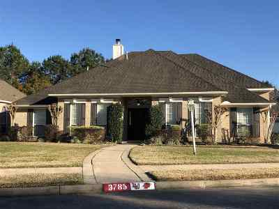 Single Family Home For Sale: 3785 Seminole Drive