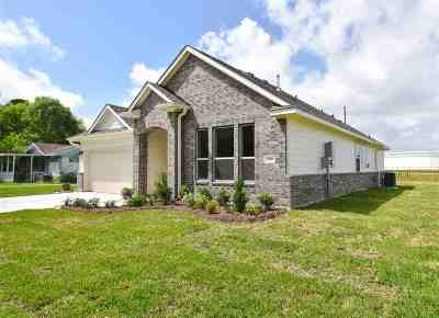 Port Neches Single Family Home For Sale: 200 Sycamore