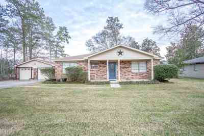 Lumberton Single Family Home For Sale: 120 El Pinto