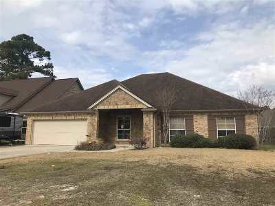Single Family Home Pending W/Option: 840 Tralee