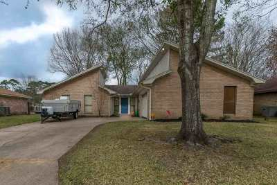 Beaumont TX Single Family Home For Sale: $199,900