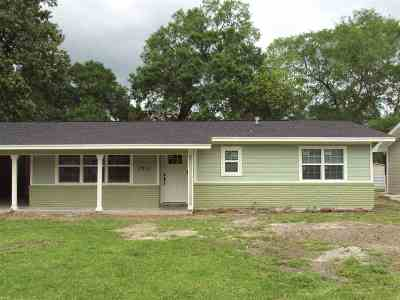 Beaumont TX Single Family Home For Sale: $129,900