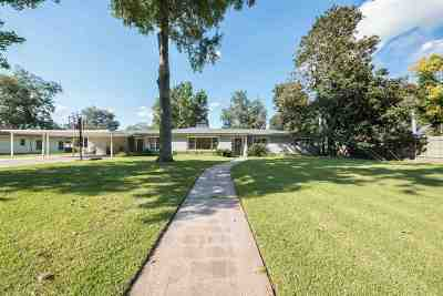Beaumont Single Family Home For Sale: 5520 Clinton