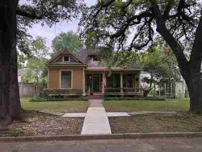 Beaumont Single Family Home For Sale: 2120 Hazel