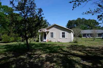 Lumberton Single Family Home For Sale: 107 Lumberton