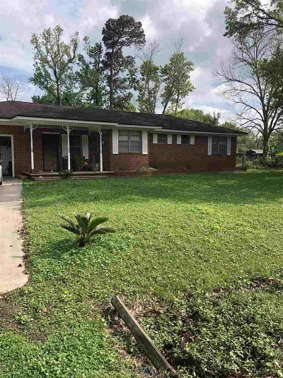 Lumberton Single Family Home For Sale: 8860 Birch