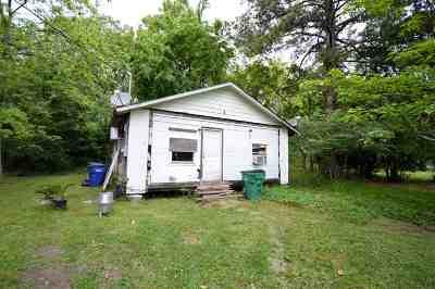 Kountze Single Family Home For Sale: 435 Wiggins St.