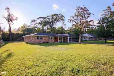 Lumberton Single Family Home For Sale: 180 Rolling Hills Drive