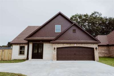 Port Neches Single Family Home For Sale: 1618 Goodwin