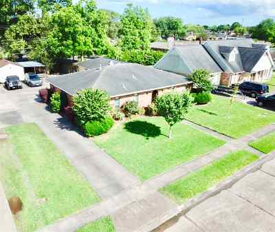 Port Neches Single Family Home For Sale: 2749 S Kitchen Dr