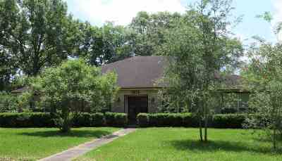 Beaumont Single Family Home For Sale: 5825 Longwood