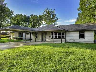 Beaumont TX Single Family Home For Sale: $109,900