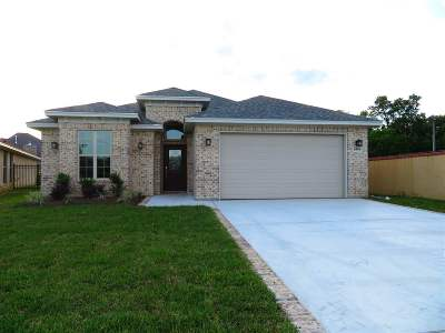 Beaumont TX Single Family Home For Sale: $329,000