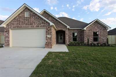 Beaumont TX Single Family Home For Sale: $299,900