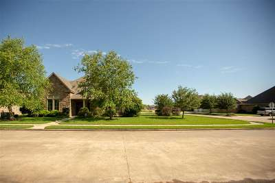 Lumberton Single Family Home For Sale: 205 Winding Brook