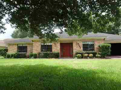Beaumont TX Single Family Home For Sale: $230,000