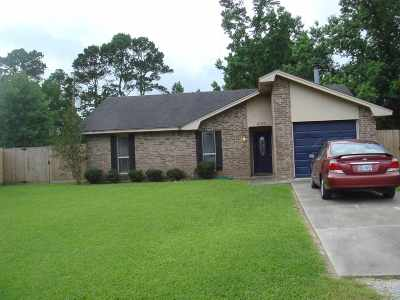 Vidor Single Family Home For Sale: 1030 Pine Cove