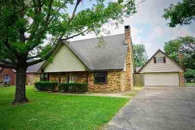 Lumberton Single Family Home For Sale: 275 Dana St